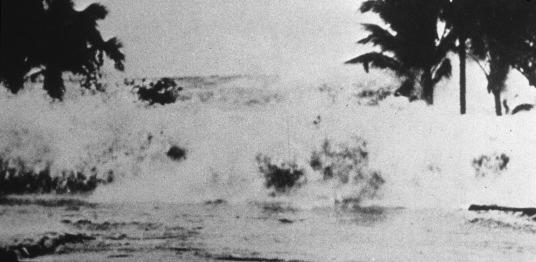 1946 aleutian tsunami images